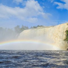 El Sapo Waterfall, Canaima National Park – Buy Code VEN0009