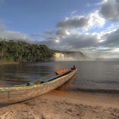 Laguna de Canaima, Canaima National Park – Buy Code VEN0014
