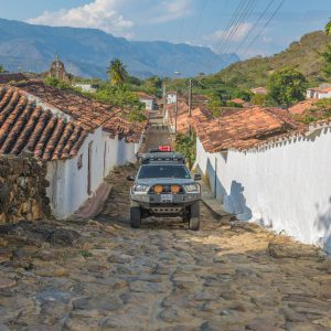Sooty driving through Guane – Buy Code COL0021